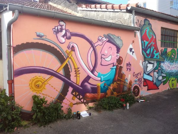 abys - da lyon -street-art graffiti velo