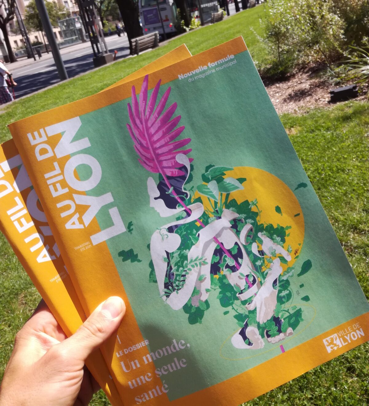 couverture magasine lyon mag - au fil de lyon agence illustration digital painting - one health - une seule santé odalistique - abys - abys2fly