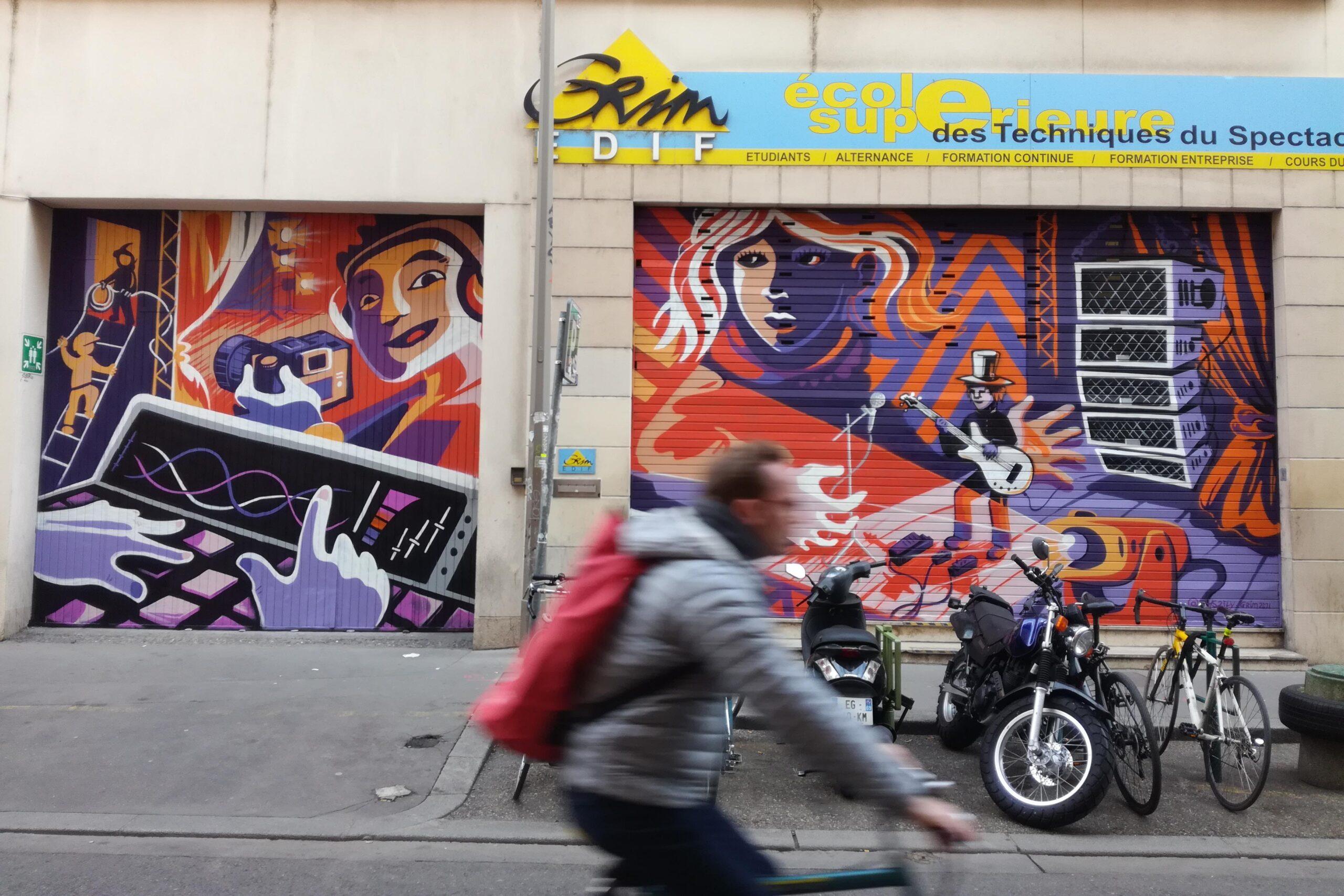 décoration murale street-art lyon - grim école de formation supérieure du spectacle, ingénieurie son et lumière - abys²fly - graffiti urbanart illustration